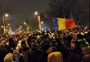 """Peste 3.000 de oameni au protestat in Piata Victoriei si scandeaza """"Uniti salvam toata Romania"""" si  """"Zi de zi aici vom fi"""""""