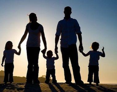Scandal intre Coalitia pentru Familie si partidele care au votat legea privind...