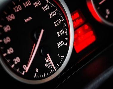 Sofer prins de politisti in timp ce conducea cu 226 kilometri la ora, pe Autostrada A1...