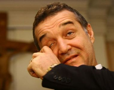 In asteptarea operatiei care il costa zeci de mii de euro, Becali se roaga si asculta...