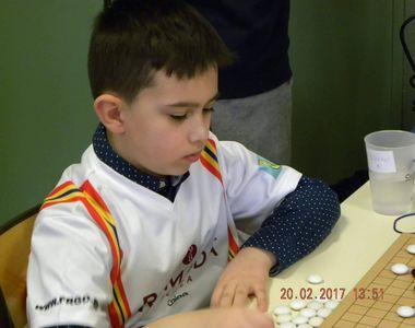 Un copil de clasa a doua din Botosani, premiat la un concurs de samurai ai mintii