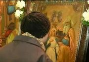 Icoana facatoare de minuni din Sibiu a adunat oameni de peste tot din tara la rugaciune. Ce minuni se spune ca ar face aceasta icoana