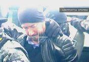 Chilianul acuzat de frauda in tara lui si arestat in Romania a fost extradat. Inainte de a ajunge la aeroport, iubita i-a adus pachete peste pachete.