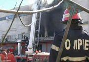 Ei sunt eroii care intra in flacari pentru a salva alte vieti! In ciuda conditiilor grele, pompierii dau totul pana cand flacarile sunt invinse. Imagini impresionante