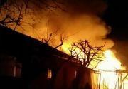 Incendiu violent in orasul Panciu din Vrancea. Flacarile au facut scrum o casa si anexa altei locuinte