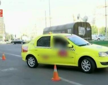 Un tanar de 19 ani din Vaslui a furat un taximetru cu care a intrat intr-un parc auto,...