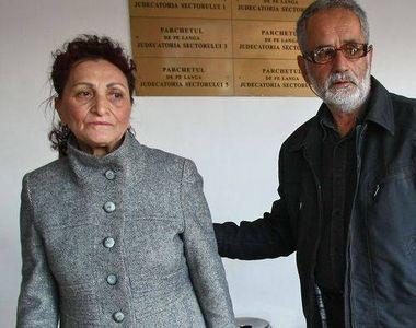 Fratele Madalinei Manole sustine ca dupa moartea mamei artistei casa a inceput sa...
