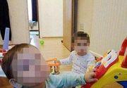 Maria, fetita de 1 an lovita cu ciocanul de tatal ei, si-a pierdut vederea si auzul. Fratele ei geaman a murit in urma atacului