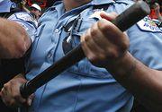 """Un politist din Iasi face legea cu pulanul in comuna. I-a fracturat unui barbat piciorul in trei locuri. Locuitorii sunt terorizati de el: """"Crede ca poate sa faca ce vrea"""""""