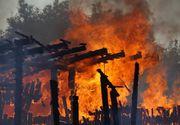 Incendiu puternic la un laborator de preparare a carnii din Vulcan