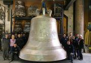 Primul clopot al Catedralei Mantuirii Neamului are basorelief cu chipul Patriarhului Daniel. Este cel mai mare din Europa si a costat jumatate de milion de euro