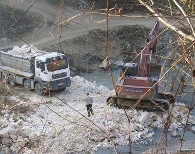 """Accident ecologic in Muntii Apuseni - """"Situatia este delicata. Nu o putem gestiona..."""