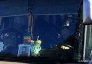 Sofer hunedorean, amendat cu 4.000 de lei pentru ca a pus icoana lui Arsenie Boca pe bordul autocarului
