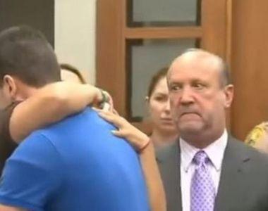 El i-a ucis fiica, dar ea l-a imbratisat in sala de judecata. Ce a determinat-o pe...