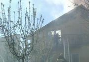 Au ramas sub cerul liber dupa ce un foc urias le-a cuprins casa chiar inainte de Pasti.