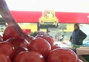 Avertismentul specialistilor:  In supermarketurile din Romania se afla un lot de rosii toxice