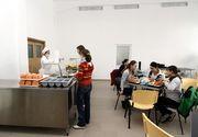 Cazare si mese gratuite in cantina si internate pentru elevi. Klaus Iohannis a promulgat legea