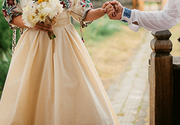Nunta ca acum 100 de ani in Gorj! In loc de rochie de mireasa si costum, mirii au purtat costume populare