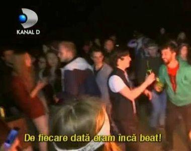 Petrecerile s-au tinut lant in Vama Veche. Pe plaja .. pe strazi, peste tot, tinerii au...