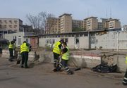 Un muncitor al unei firme de salubrizare din Vrancea a murit strivit intre autospeciala de gunoi si un stalp de beton