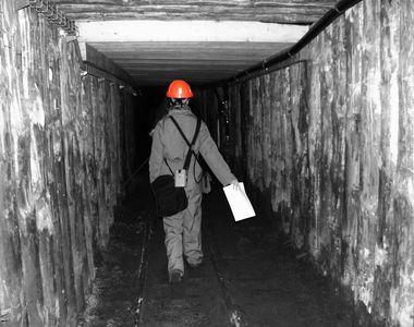 Explozie intr-o mina de carbune - Peste 40 de mineri sunt blocati in subteran - Se...