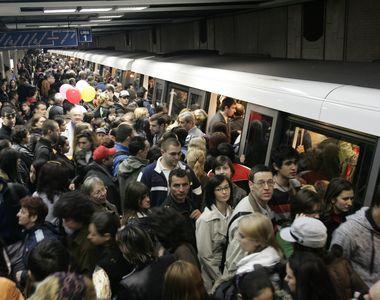 Panica la metrou, in aceasta dimineata! Calatorii au ramas blocati intre Piata Unirii...