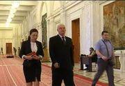 Au 3 luni de vacanta, dar nu le sunt de ajuns. Parlamentarii isi depun cereri de concediu aproape in fiecare saptamana