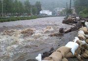 Cod galben de inundatii pe mai multe rauri din tara. Care sunt zonele afectate. Imaginile groazei