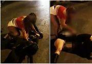 Prostituatele din Romania i-au bagat in sperieti pe straini! Trei tinere s-au luat la bataie in plina strada pentru un client. Imagini halucinante