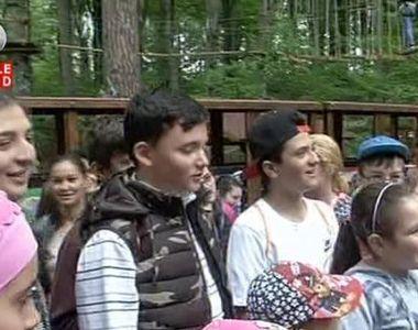 O mie de copii au participat la Scoala Altfel, la Rasnov, unde au invatat despre dinozauri
