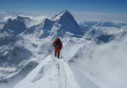 Tragedie pe munte! Un alpinist a murit in timp ce urca pe Everest, iar un altul a disparut
