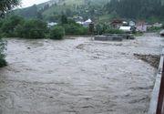Cod portocaliu de inundatii pentru judetul Caras-Severin si cod galben pentru judetele Alba, Sibiu, Hunedoara si Arad