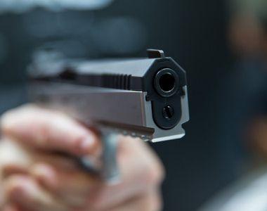 Craiovean oprit de politisti cu focuri de arma, pentru ca nu a respectat semnele...