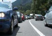 Coloane de masini la intrarea in Bucuresti, de pe autostrada A1
