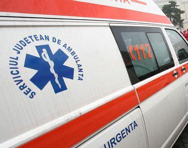 Cluj: O femeie si tatal acesteia, la spital dupa ce masina in care se aflau s-a ciocnit...