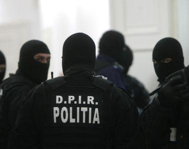 Zeci de perchezitii in Bucuresti, Ilfov si Giurgiu, intr-un caz de contrabanda cu tigarete