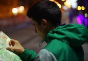 Reportaj cu camera ascunsa. Se pricep romanii sa dea indicatii turistilor straini in limba engleza?