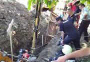 Muncitor din Neamt, prins sub un mal de pamant in timp ce lucra la o retea de apa si canalizare