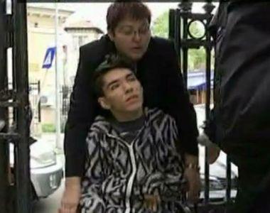 Drama lui Stef, baiatul in scaun cu rotile care vrea sa invete, continua! Mama lui...