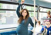 A refuzat sa ii cedeze locul in autobuz unei femei insarcinate in 9 luni si a primit o adevarata lectie! Gestul facut de tanara i-a lasat pe toti masca