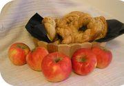 De ce este bine sa duci colaci si mere la biserica in ziua Sfintilor Petru si Pavel
