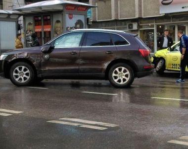 Un fost parlamentar, implicat intr-un accident rutier: A fost dus de urgenta la spital