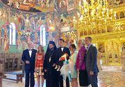 Imagini de la botezul nepotului lui Adrian Nastase! Cine a fost nasul copilului