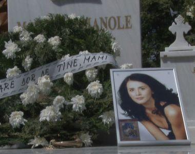 """Pelerinaj la mormantul Madalinei Manole: """"Sunt 7 ani de dor de Madalina, de..."""