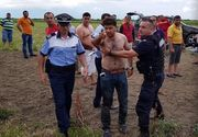 Un jurnalist a fost talharit sub ochii politistilor, in timp ce filma o interventie SMURD