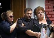 Alexandra, femeia care a murit dupa ce a nascut un baietel, a fost inmormantata. Sute de oameni au plans-o pe ultimul drum.