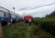 Locomotiva unui tren care circula pe ruta Craiova- Bucuresti, ce avea in compunere trei vagoane, a luat foc