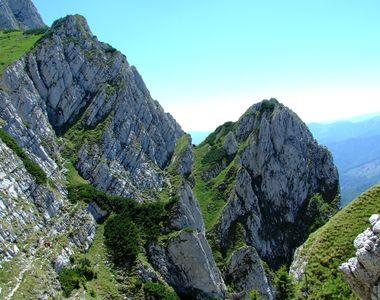 Cei doi turisti dati disparuti pe munte si cautati de catre autoritatile argesene au...