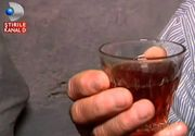 Tuica romaneasca e medicament curat! Expertii spun ca face bine la inima, stomac si ficat
