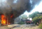 Incendiu violent la o hala de productie a hartiei si maselor plastice din Galati. Interventia, dificila din cauza caldurii